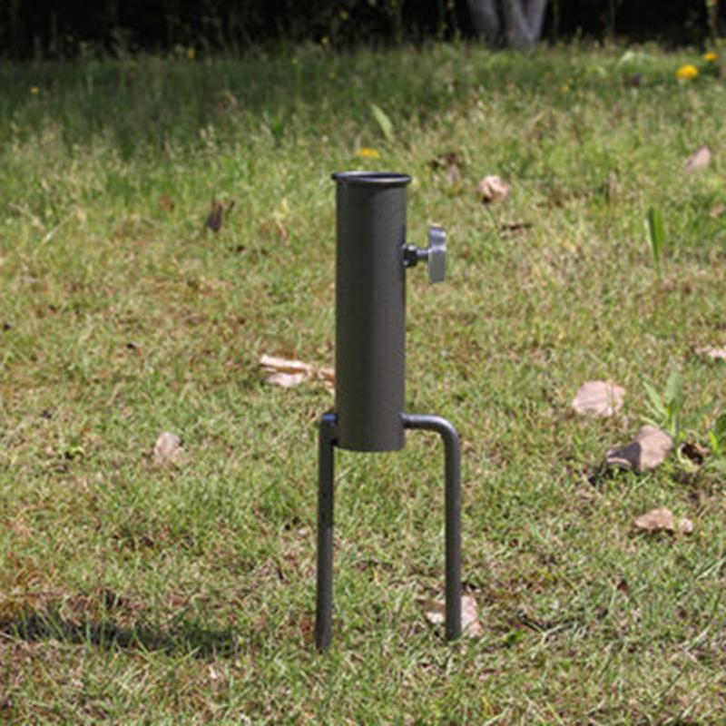 Steel <font><b>Pole</b></font> Spikes Stand Feeding Station
