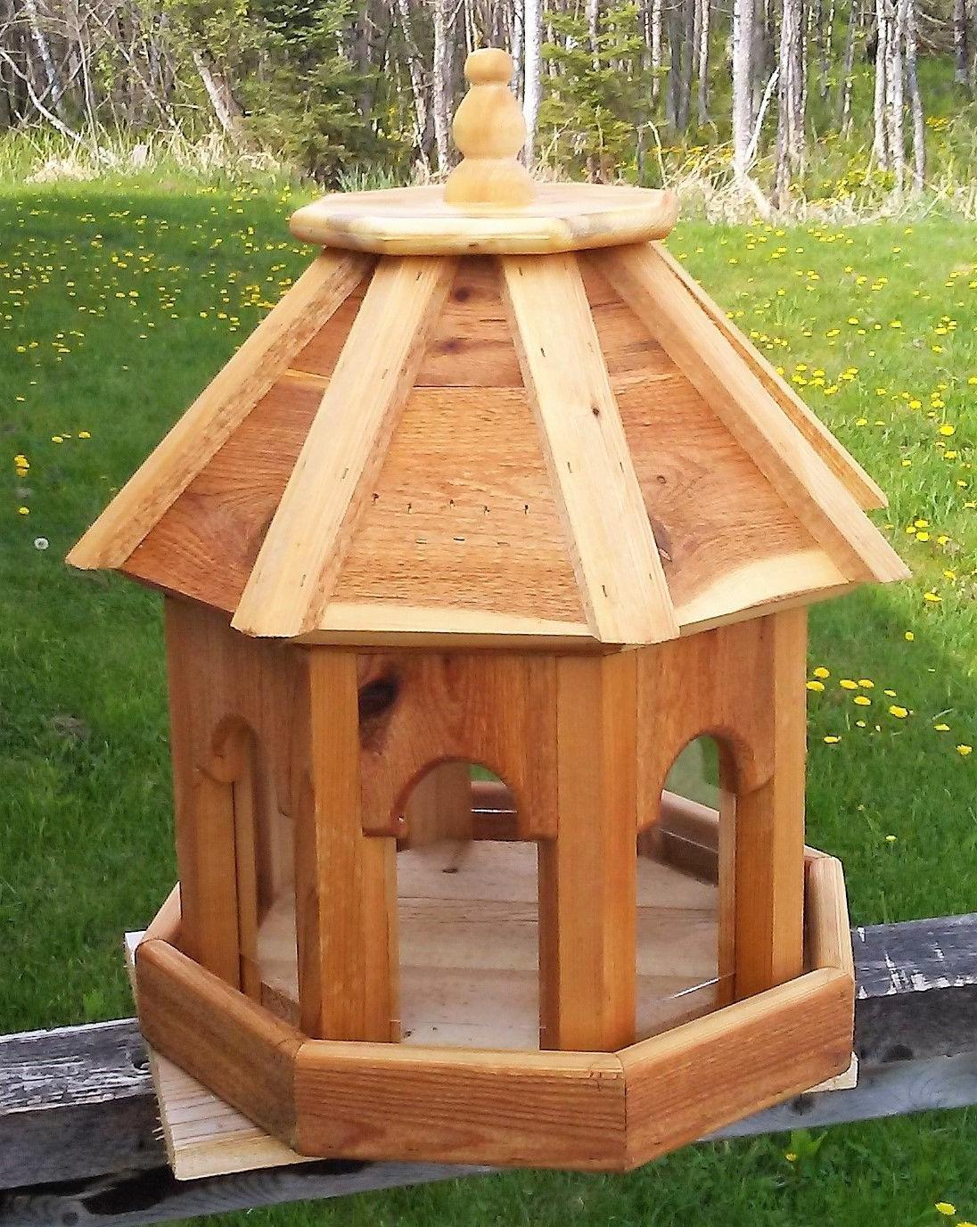 Very large wood gazebo style feeder, #RS1 TBNUP