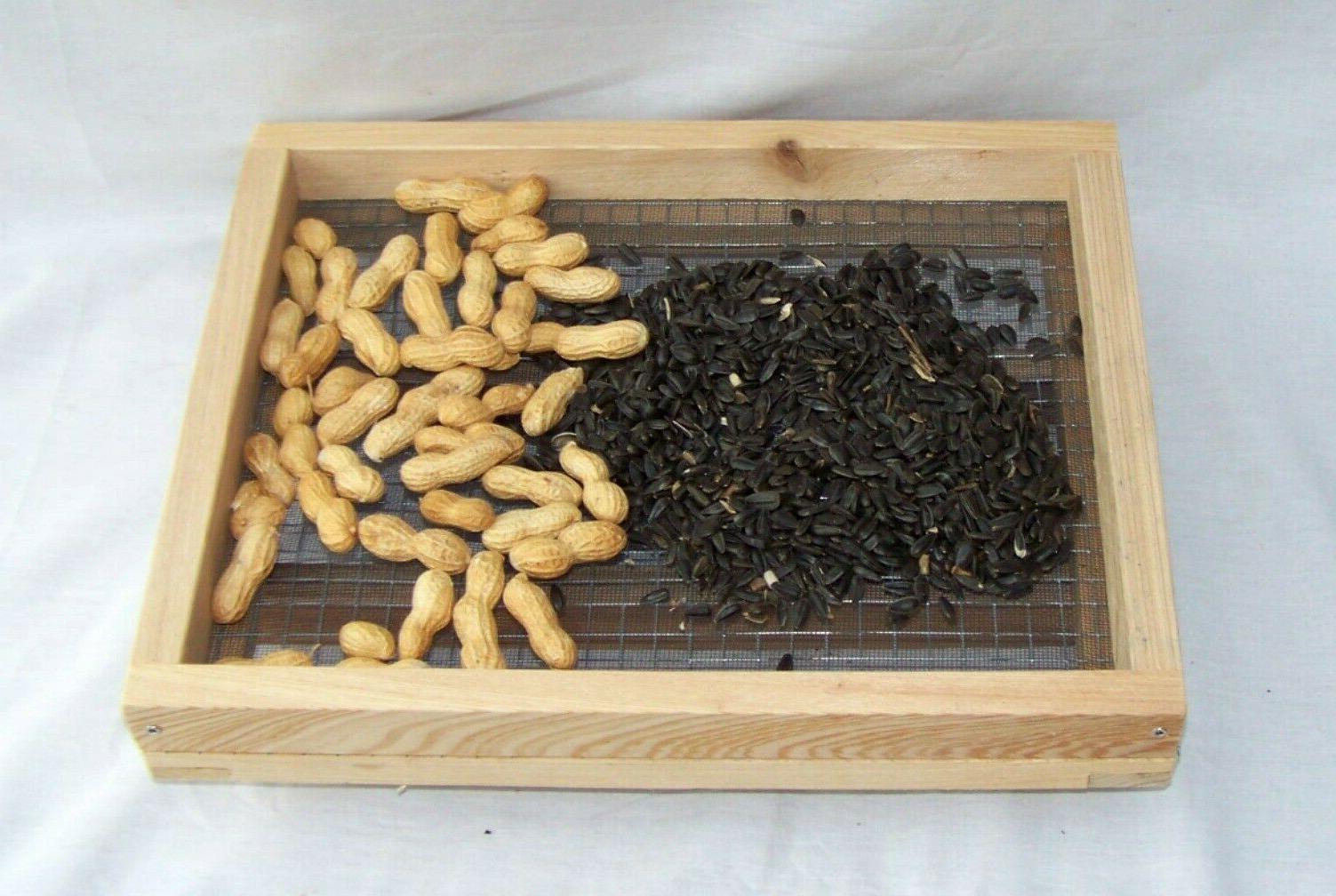 Wood ground Feeders, Cardinal,